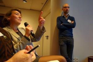 Een vragensteller tijdens het jubileumcongres NBV, november 2013